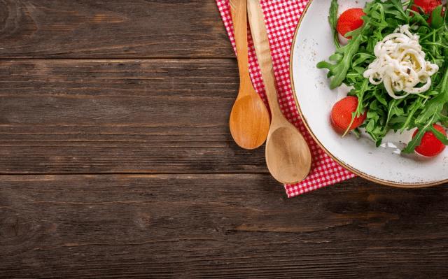 gesunde-ernährung-salat