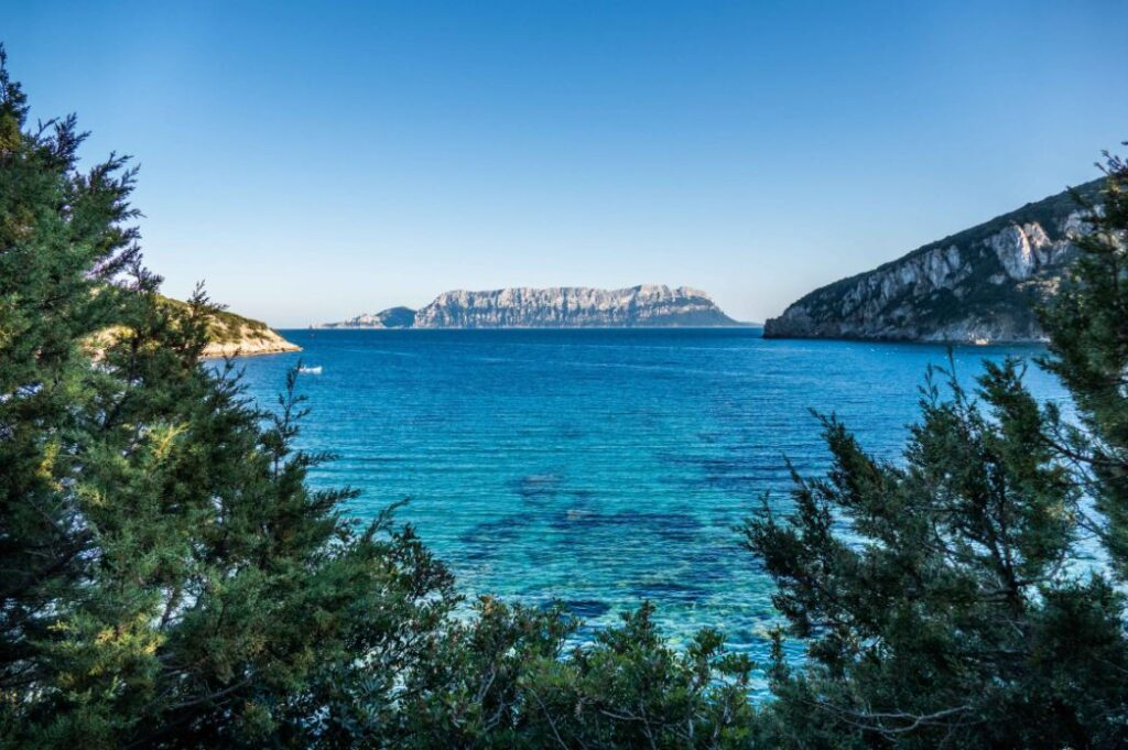 Blick auf das Meer in Sardinien